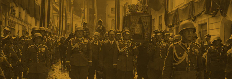 kondukt żałobny z sercem Marszałka Józefa Piłsudskiego